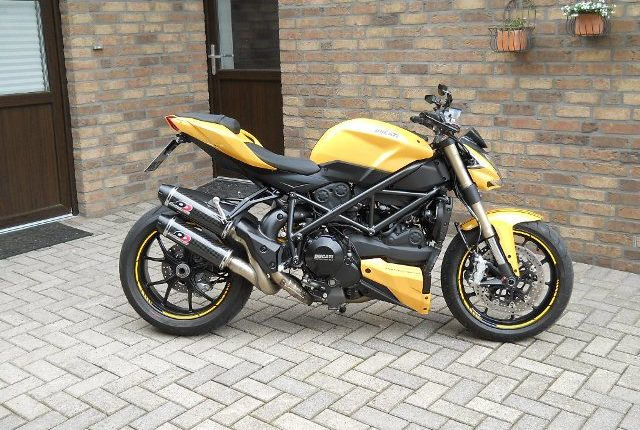 https://www.torquepowermotorcycles.com.au/product/Ducati Street Fighter 848 Q.D Mufflers/